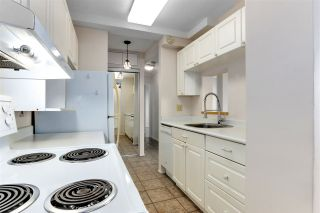 """Photo 15: 2002 1330 HARWOOD Street in Vancouver: West End VW Condo for sale in """"Westsea Towers"""" (Vancouver West)  : MLS®# R2573429"""
