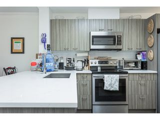 """Photo 8: 406 15210 PACIFIC Avenue: White Rock Condo for sale in """"OCEAN RIDGE"""" (South Surrey White Rock)  : MLS®# R2527441"""