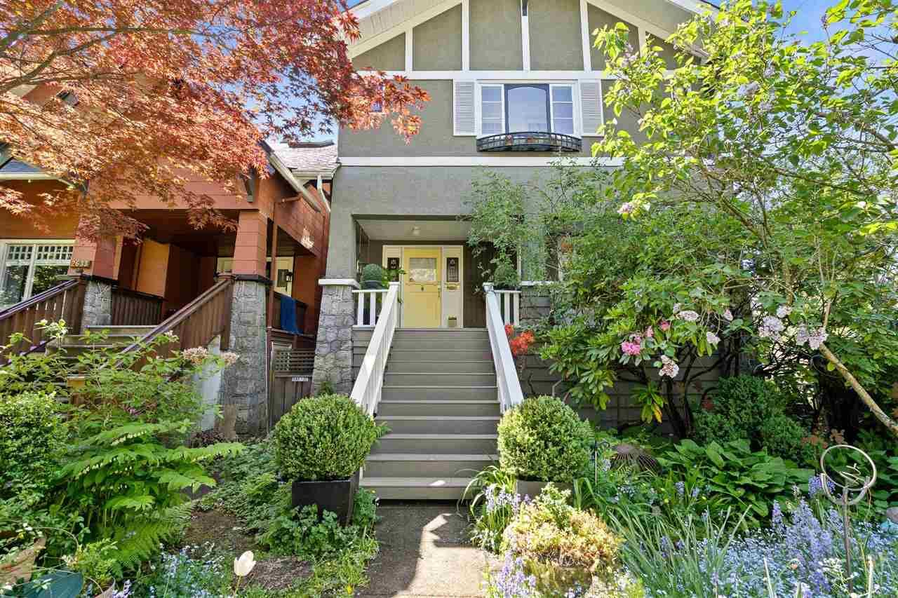 Main Photo: 2627 BALACLAVA Street in Vancouver: Kitsilano House for sale (Vancouver West)  : MLS®# R2580159