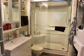 """Photo 6: 43 1840 160 Street in Surrey: King George Corridor Manufactured Home for sale in """"BREAKAWAY BAYS"""" (South Surrey White Rock)  : MLS®# R2612956"""