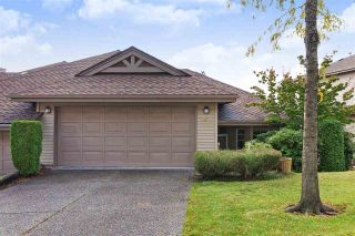 """Photo 2: 152 2979 PANORAMA Drive in Coquitlam: Westwood Plateau Townhouse for sale in """"Deercrest Estates"""" : MLS®# R2411444"""