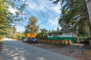 Main Photo: 3476 LANCASTER Street in Port Coquitlam: Woodland Acres PQ House for sale : MLS®# R2623155