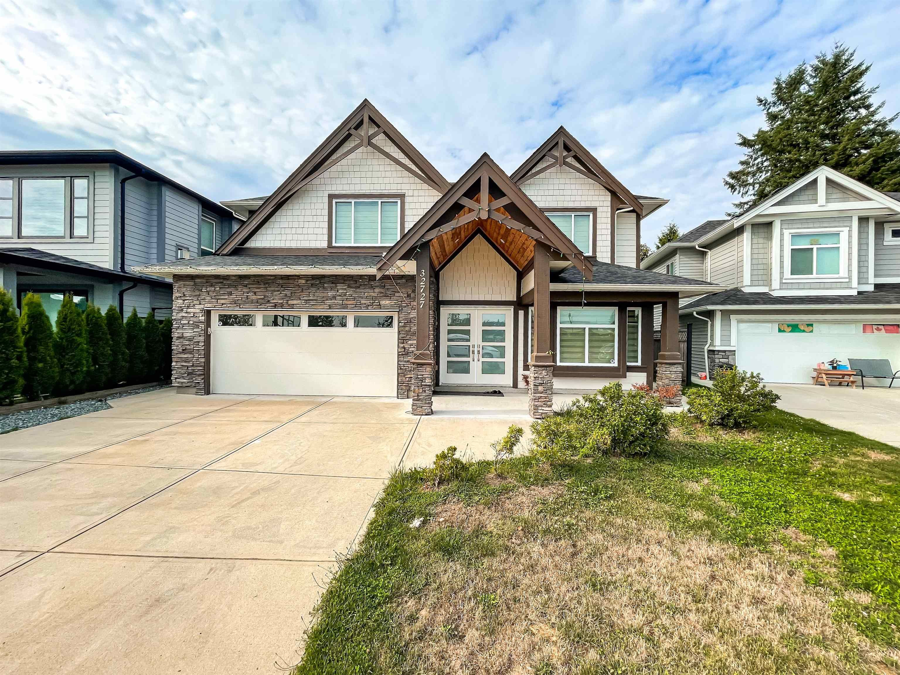 Main Photo: 32727 UNGER Court in Mission: Mission BC House for sale : MLS®# R2616079