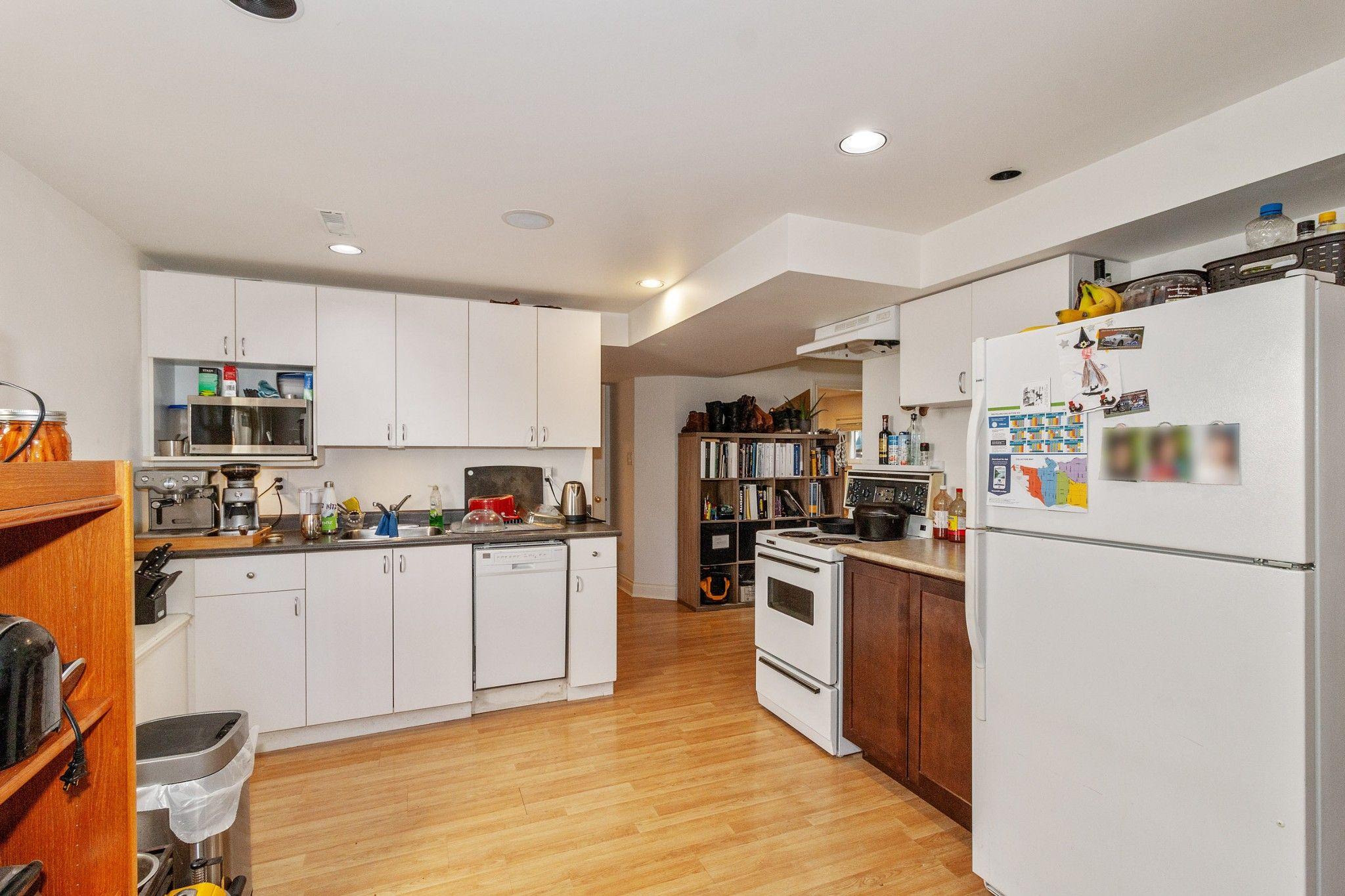 Photo 15: Photos: 3742 ONTARIO Street in Vancouver: Main House for sale (Vancouver East)  : MLS®# R2580004