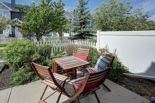 Photo 5: 333 ELGIN Garden SE in Calgary: McKenzie Towne Row/Townhouse for sale : MLS®# C4249507