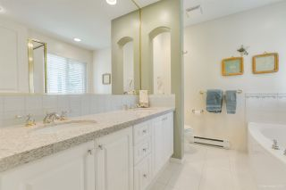 """Photo 22: 57 3405 PLATEAU Boulevard in Coquitlam: Westwood Plateau Townhouse for sale in """"PINNACLE RIDGE"""" : MLS®# R2483170"""