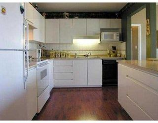 """Photo 2: 1109 Orr Drive in Port Coquitlam: Citadel PQ Townhouse for sale in """"The Sumit"""" : MLS®# V559531"""