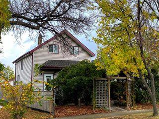 Photo 1: 319 Berry Street in Winnipeg: St James Residential for sale (5E)  : MLS®# 202025032
