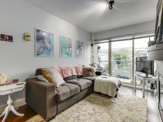 """Main Photo: 323 332 LONSDALE Avenue in North Vancouver: Lower Lonsdale Condo for sale in """"CALYPSO"""" : MLS®# R2626678"""