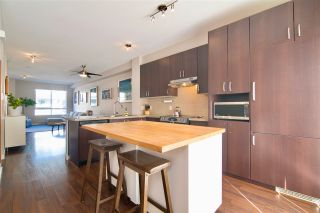 Photo 2: 84 2729 158 STREET in Surrey: Grandview Surrey Townhouse for sale (South Surrey White Rock)  : MLS®# R2347952