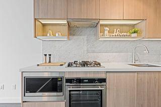 """Photo 3: 2911 13750 100 Avenue in Surrey: Whalley Condo for sale in """"Park Avenue East"""" (North Surrey)  : MLS®# R2611465"""