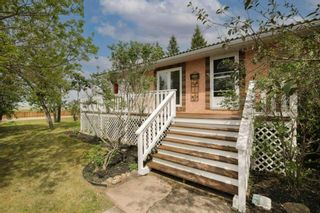 Main Photo: 2 Chinook Road: Beiseker Detached for sale : MLS®# A1116168