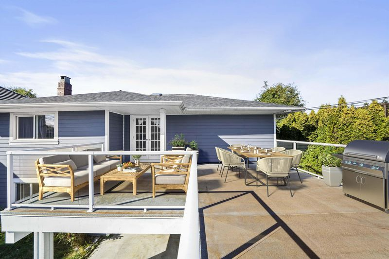 FEATURED LISTING: 4411 BLUNDELL Road Richmond