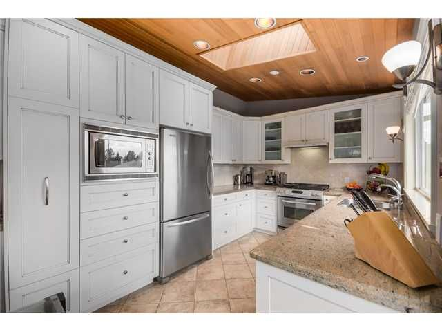 """Photo 5: Photos: 685 WILDING Place in North Vancouver: Tempe House for sale in """"TEMPE"""" : MLS®# V1087335"""
