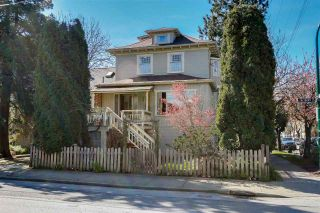 Photo 1: 1605 SALSBURY Drive in Vancouver: Grandview VE House for sale (Vancouver East)  : MLS®# R2055587