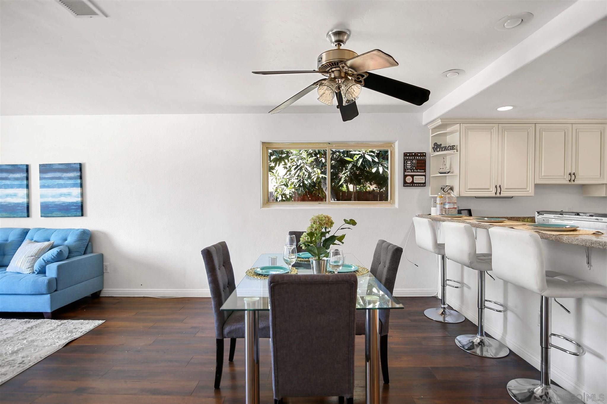 Main Photo: SPRING VALLEY House for sale : 4 bedrooms : 8626 Rinda Ln
