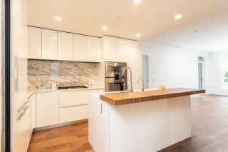 """Photo 5: 104 7428 ALBERTA Street in Vancouver: South Cambie Condo for sale in """"Belpark"""" (Vancouver West)  : MLS®# R2527858"""
