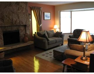 Photo 2: 2284 UPLAND Drive in Vancouver: Fraserview VE House for sale (Vancouver East)  : MLS®# V708035