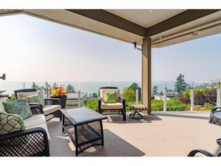 """Photo 15: 14502 MALABAR Crescent: White Rock House for sale in """"WHITE ROCK HILLSIDE WEST"""" (South Surrey White Rock)  : MLS®# R2526276"""