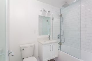 """Photo 15: 105-107 1149 W 11TH Avenue in Vancouver: Fairview VW Condo for sale in """"KAL'S LAND HOLDING LTD"""" (Vancouver West)  : MLS®# R2319195"""