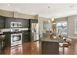 Photo 5: 3 2319 Chilco Rd in VICTORIA: VR Six Mile Row/Townhouse for sale (View Royal)  : MLS®# 728058