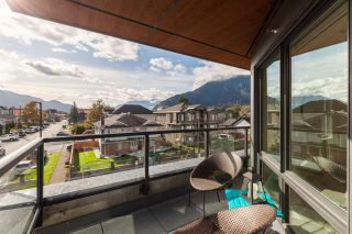 """Photo 19: 402 38013 THIRD Avenue in Squamish: Downtown SQ Condo for sale in """"THE LAUREN"""" : MLS®# R2426985"""