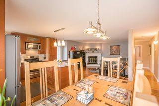 Photo 5: 18461 57A Avenue in Surrey: Cloverdale BC House for sale (Cloverdale)  : MLS®# R2154507