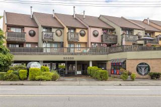 "Photo 1: 18 20229 FRASER Highway in Langley: Langley City Condo for sale in ""Langley Place"" : MLS®# R2489636"