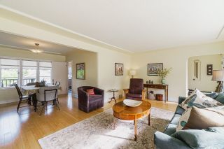 Photo 3: 106 COLLEGE Court in New Westminster: Queens Park House for sale : MLS®# R2599318