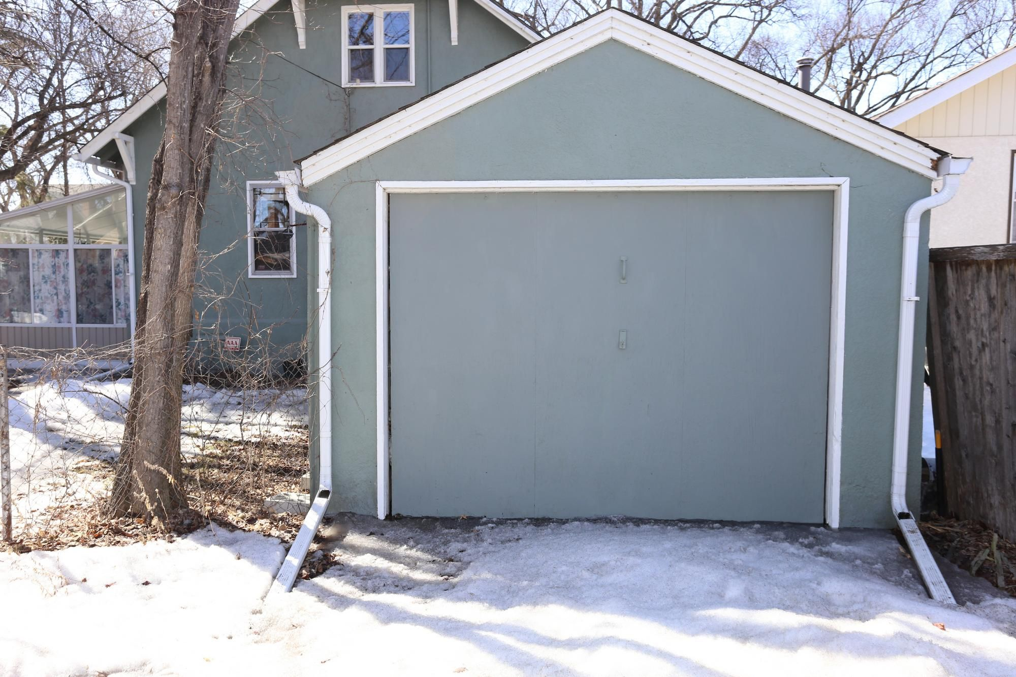 Photo 39: Photos: 109 Garfield Street South in Winnipeg: Wolseley Single Family Detached for sale (5B)  : MLS®# 1808340