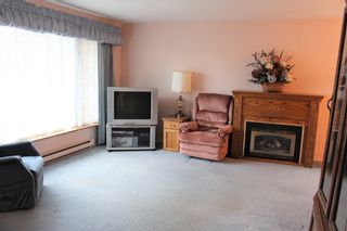Photo 2: 3599 Kennedy Road in Camborne: House for sale : MLS®# 40051469