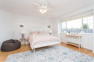 """Photo 12: 3 900 TOBRUCK Avenue in North Vancouver: Mosquito Creek Townhouse for sale in """"Heywood Lane"""" : MLS®# R2589572"""