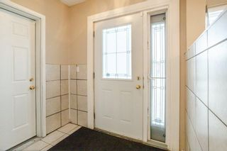 Photo 2: 42 STIRLING Road in Edmonton: Zone 27 House for sale : MLS®# E4252891