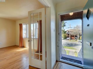 Photo 8: 1141 May St in VICTORIA: Vi Fairfield West House for sale (Victoria)  : MLS®# 837539