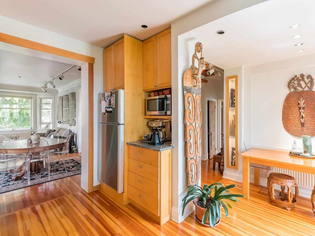 Photo 5: Photos: 2556 W 2ND Avenue in Vancouver: Kitsilano House for sale (Vancouver West)  : MLS®# R2593228
