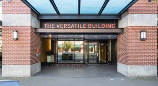 """Photo 25: 205 111 E 3RD Street in North Vancouver: Lower Lonsdale Condo for sale in """"VERSATILE"""" : MLS®# R2510116"""
