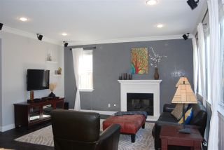 Photo 3: OCEANSIDE House for sale : 4 bedrooms : 1079 Greenway Rd