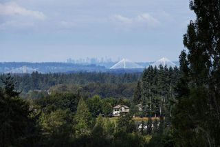 Photo 2: 10490 JACKSON ROAD in Maple Ridge: Albion House for sale : MLS®# R2394738