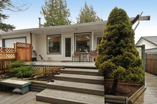 Photo 3: 18055 64TH Avenue in Surrey: Cloverdale BC House for sale (Cloverdale)  : MLS®# F1405345