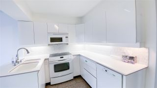 """Photo 3: 1001 2288 PINE Street in Vancouver: Fairview VW Condo for sale in """"THE FAIRVIEW"""" (Vancouver West)  : MLS®# R2513601"""