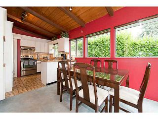 """Photo 4: 4220 CLIFFMONT Road in North Vancouver: Deep Cove House for sale in """"Deep Cove"""" : MLS®# V1081027"""