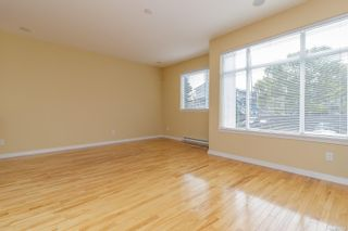 Photo 3: 35 60 Dallas Rd in : Vi James Bay Row/Townhouse for sale (Victoria)  : MLS®# 876157
