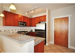 """Photo 9: 136 4280 MONCTON Street in Richmond: Steveston South Condo for sale in """"THE VILLAGE AT IMPERIAL LANDING"""" : MLS®# V1067463"""