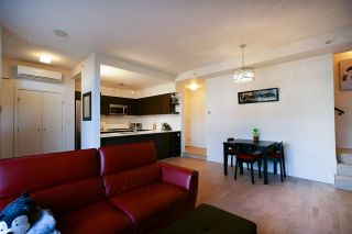 """Photo 2: 2 7988 ACKROYD Road in Richmond: Brighouse Townhouse for sale in """"QUINTET"""" : MLS®# R2548425"""