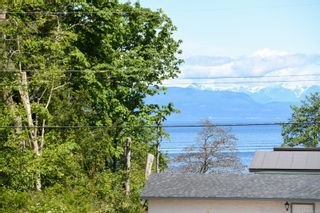 Photo 5: 2267 Seabank Rd in : CV Courtenay North Land for sale (Comox Valley)  : MLS®# 876071