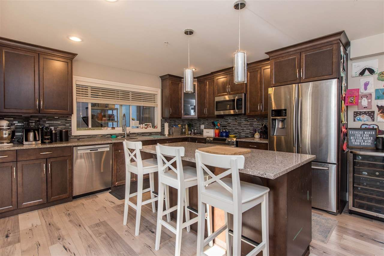Photo 20: Photos: 2584 SUNNYSIDE Crescent in Abbotsford: Abbotsford West House for sale : MLS®# R2551772