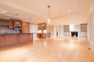 Photo 8: 3380 MATHERS Avenue in West Vancouver: Westmount WV House for sale : MLS®# R2603686