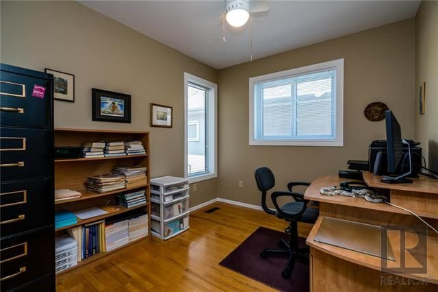 Photo 10: Photos: 940 Weatherdon Avenue in Winnipeg: Crescentwood Residential for sale (1Bw)  : MLS®# 1828216