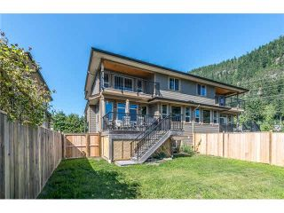Photo 18: 1682 DEPOT ROAD in Squamish: Brackendale 1/2 Duplex for sale : MLS®# R2074216