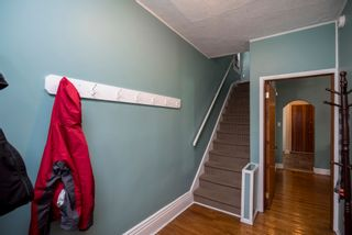 Photo 2: 488 Simcoe Street in Winnipeg: West End House for sale (5A)  : MLS®# 1912836